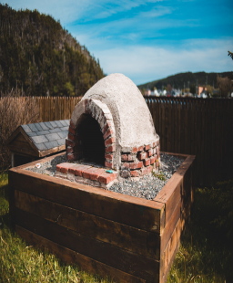 Build Your Own Permanent Outdoor Barbecue at Home