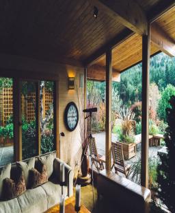 الغرفة الخشبية. إليك أسرارها
