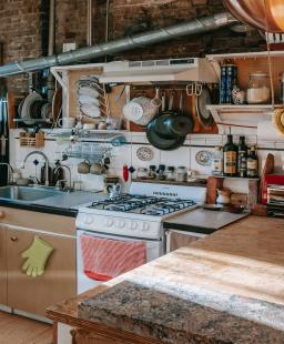 مطبخ متوسطي لأطباق شرقية شهيّة